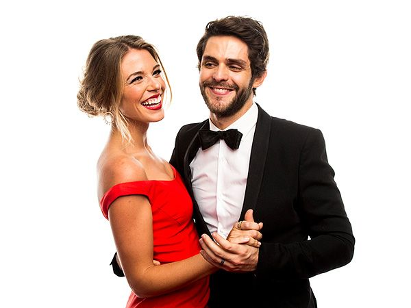 The Adorable Love Story of how Thomas Rhett and Lauren Rhett got married. www.truecelebrity.com