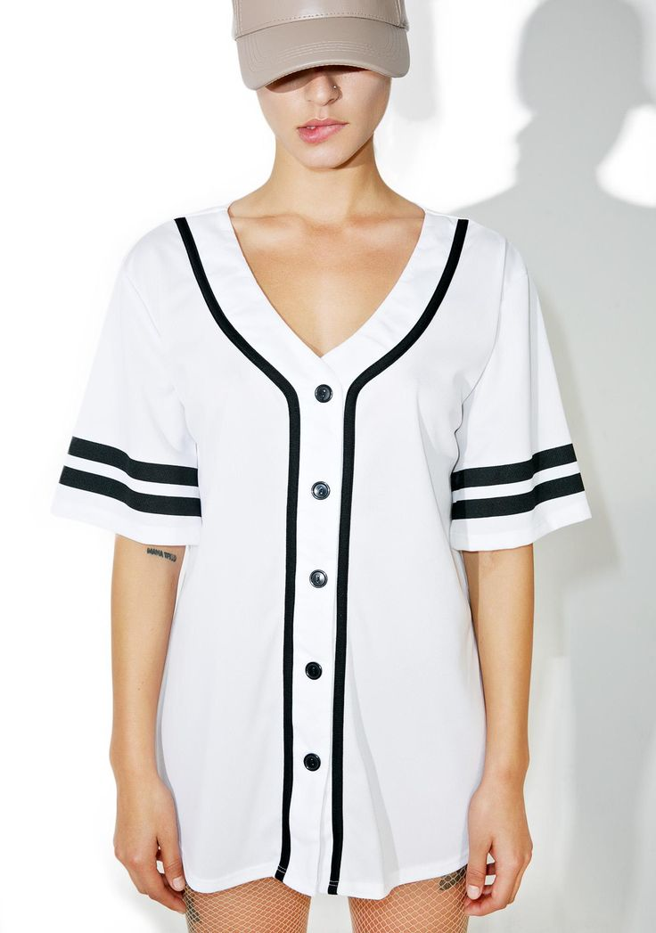 Whiteout Game Over Baseball Jersey is gunna strike 'em all out without breakin' a sweat~ This sikk baseball style jersey features a sporty white construction, black trim, varsity striping on the sleeves, and button front closure.