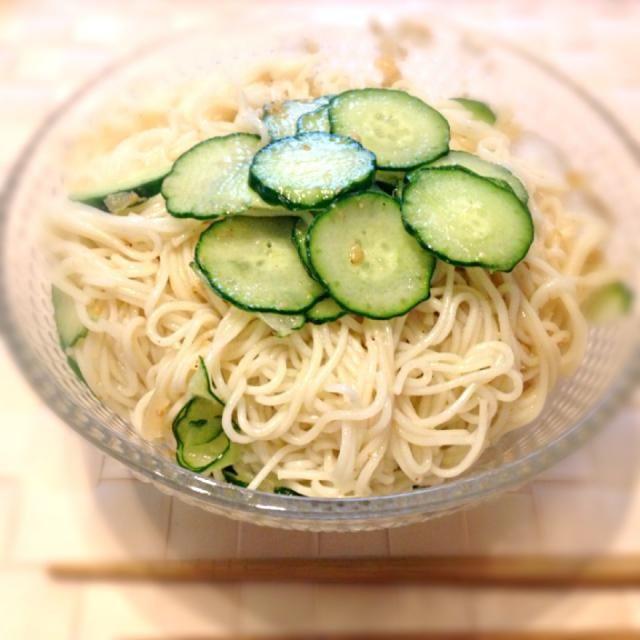 夏はやっぱり素麺でしょ*\(^o^)/* さっぱりー - 4件のもぐもぐ - 冷や汁風そうめん by arisa01