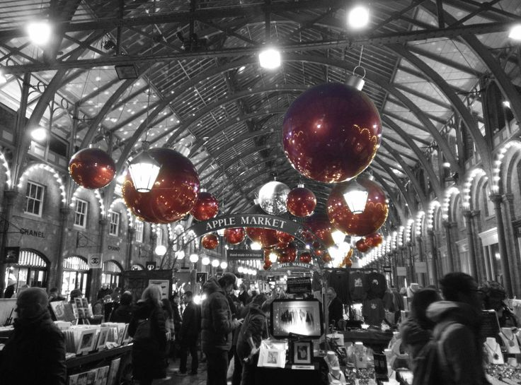 The beautiful Covent Garden Market at Christmas is a special place to be #coventgarden