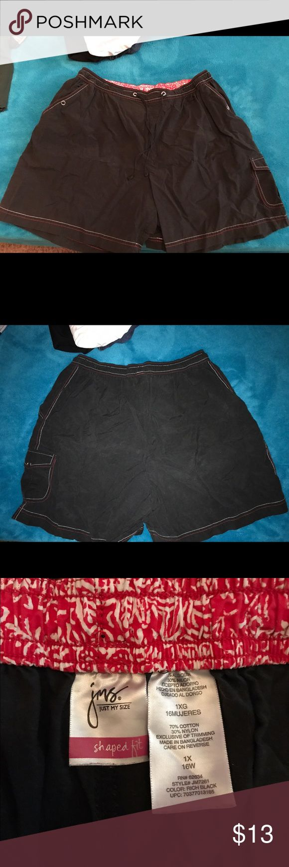 WOMENS SPORT SHORTS SZ 16 W Women's sports shorts size 16W by Just My Size, black and red in Excellent Condition Just My Size Shorts Cargos