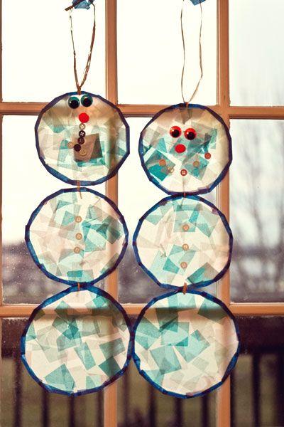 Cute winter craft for kids--stained glass snowmen. #snowmen #winter