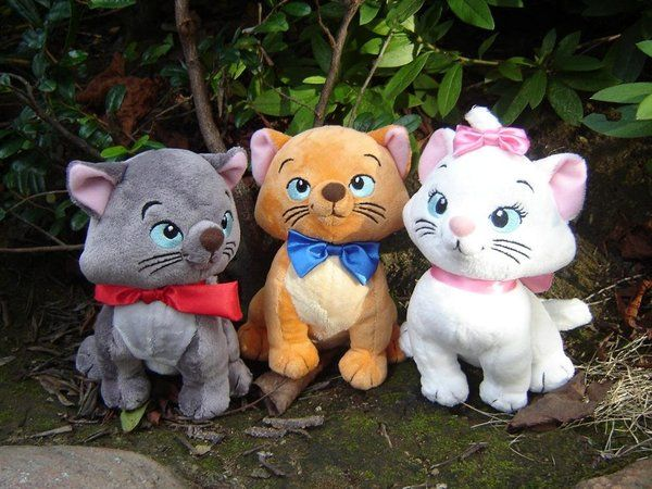 Google Image Result for http://images4.fanpop.com/image/photos/24400000/The-Aristocats-the-aristocats-24492348-600-450.jpg