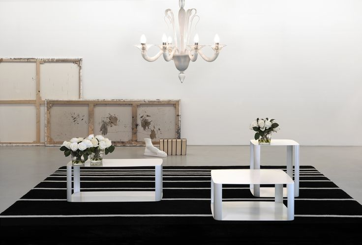 Elegantissimi tavolini in 3 misure: OFFSET www.memedesign.it