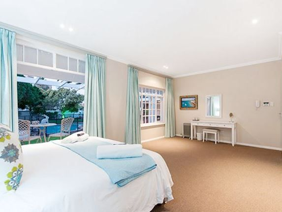 61 on Brighton - Situated in the seaside suburb of Summerstrand, 61 on Brighton offers families and friends a relaxing getaway along the coast of Port Elizabeth.This spacious house has four lovely bedrooms, of which all ... #weekendgetaways #portelizabeth #sunshinecoast #southafrica
