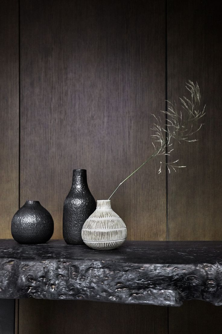Make beautiful decorations by combining different vases and jars.