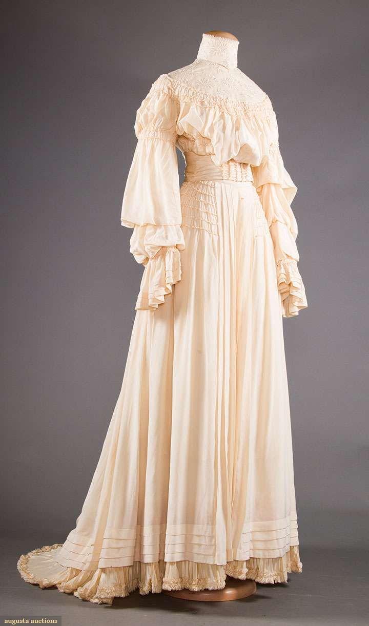 TWO CREAM SILK TEA GOWNS, 1905-1913 | beauty | Pinterest | Tea gown ...
