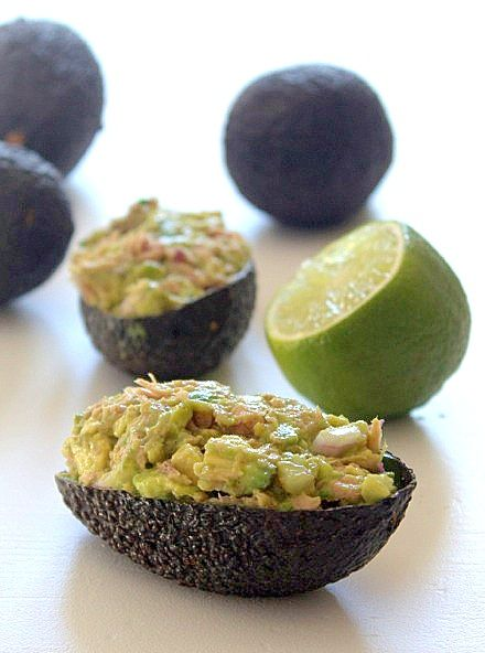 Avocado mix with tuna and lime, buffet and tapas   matmedmera.eu