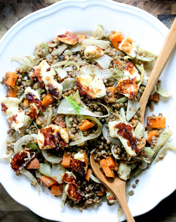 Warm French Lentils with Fennel & Halloumi | Yummy Beet