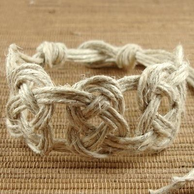 Pretzel Knot Hemp Jewelry DIY, super cute, could use coloured string, simple cheap present,