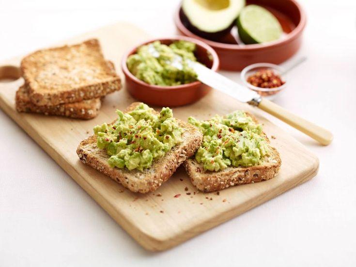 5 retete cu avocado pentru un mic dejun rapid si satios - www.foodstory.ro