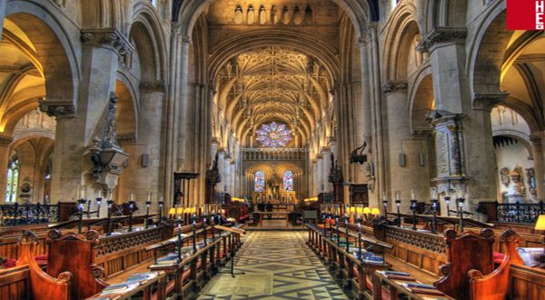 Oxford Cathedral (Christ Church Cathedral) The Cathedral is the College Chapel for the College as well as the cathedral church for the Diocese of Oxford. The beautiful building is home to a vibrant...