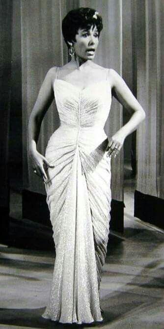 Lena Horne, so classy. Love her gown