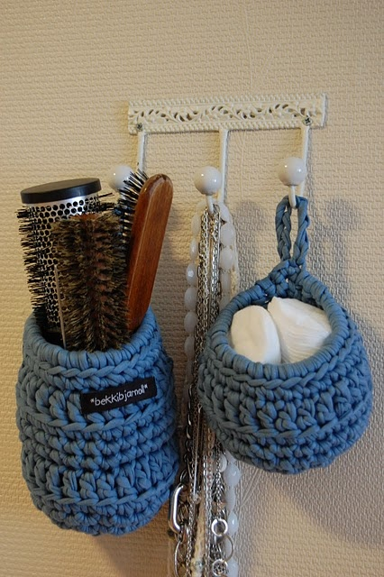 Crochet vessels - love the pattern of 3 rows sc, 1 row dc or trbc