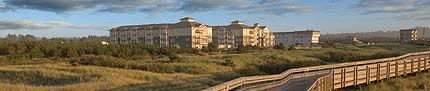 WorldMark Long Beach is a fairly new location right in the middle of the action.  This location is to the south of the Surfside Resort (approx. 8 miles north).