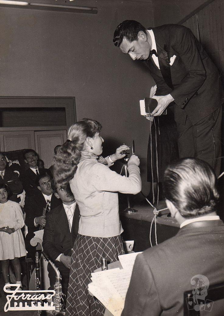 Il mago Dawson. Spettacolo tipico degli anni '50.