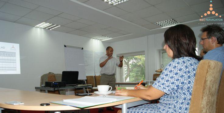 trener Krzysztof Kowalewski