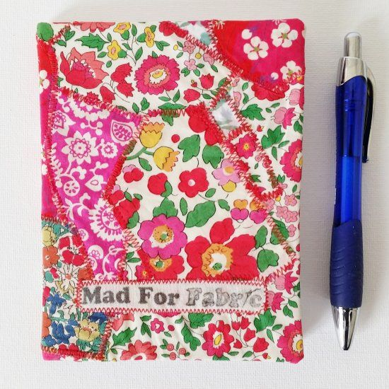 Make your own fabric covered mini notebook as a gift or keep for yourself. Full tutorial on my blog.