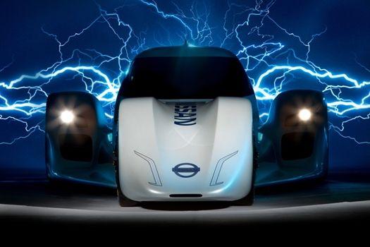 NISSAN ELECTRIC CAR  WOO-HOO !