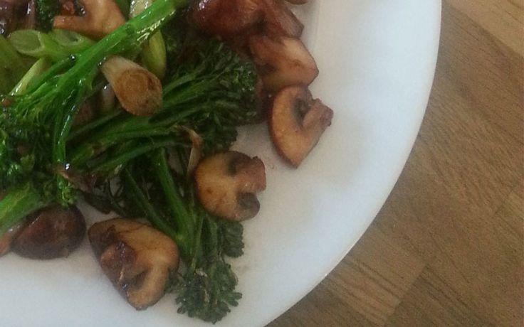Champignons met bimi en malse kipfilet