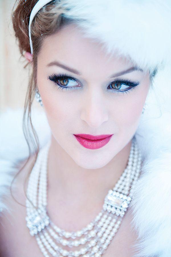 Winter wedding makeup photo by de Belle Photography. Winter Wedding: 10 Ways to Rock Your Winter Wedding - KnotsVilla
