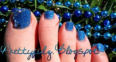 Prettyfulz: Sparkly  Starry Glitter Pedicure Design