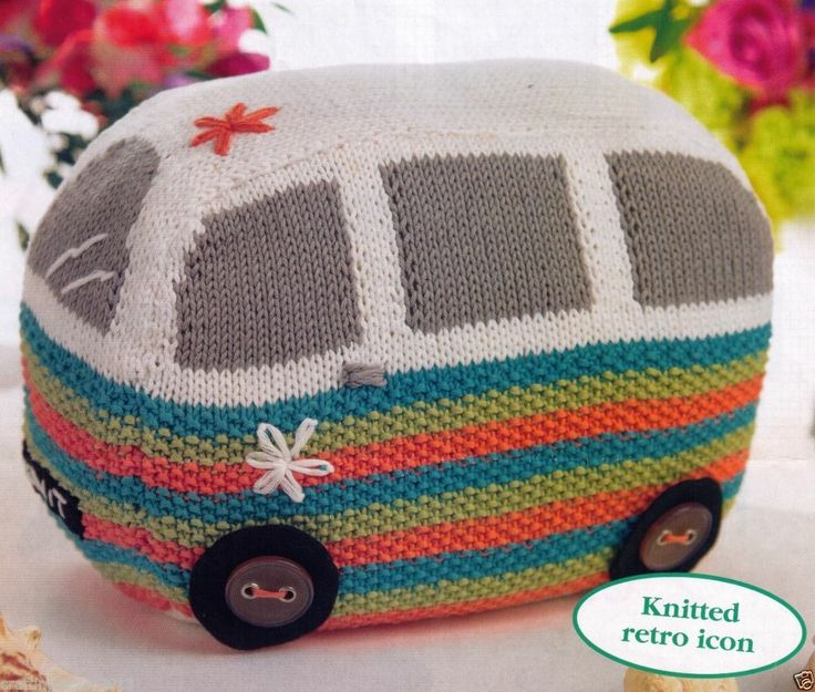 THE VEE DUB RETRO CAMPER DOOR STOP OR CUSHION 28 CM'S LONG 8PLY KNITTING PATTERN