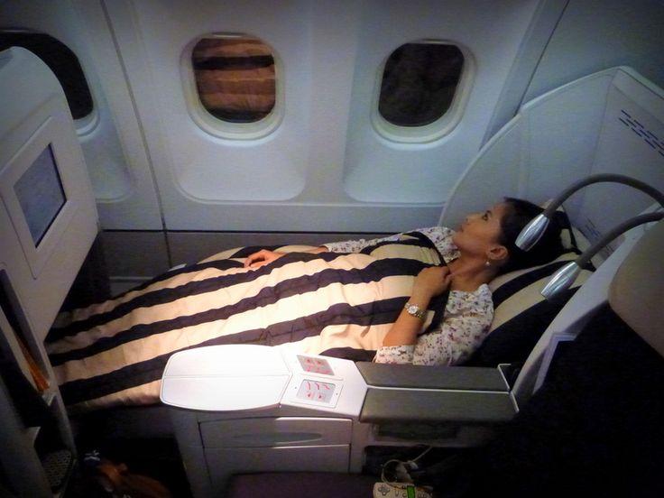 Air France / Etihad business class Paris to Abu Dhabi ...