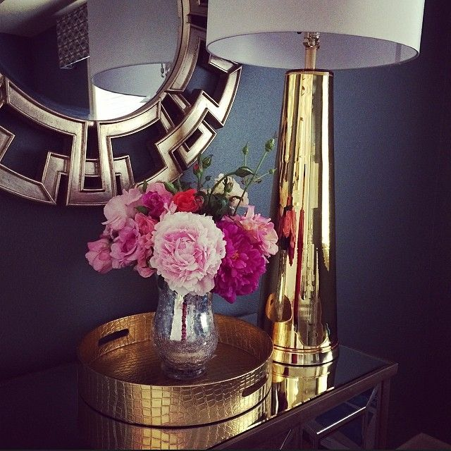 Our Century Table Lamp is a stunning touch in @Alina Moldovan's home.
