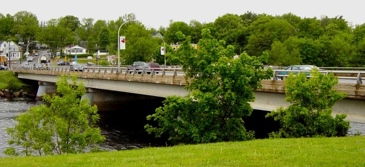 they have two bridge,s in the town ,this is a picture of the newest one...