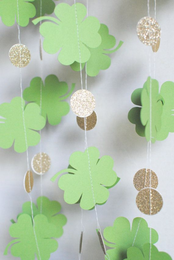 St. Patricks Day Shamrock Garland  Gold Paper by MPaperDesigns