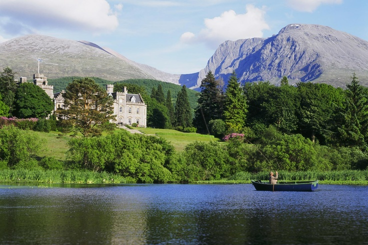 Relais & Chateaux - The mysterious waters of the lochs, surrounded by the misty mountains that rise out of the earth in this part of Scotland, never fail to make visitors dream. With its very own loch, Inverlochy Castle offers one of the most stunning Scottish panoramas. Inverlochy Castle, UK #relaischateaux #forest