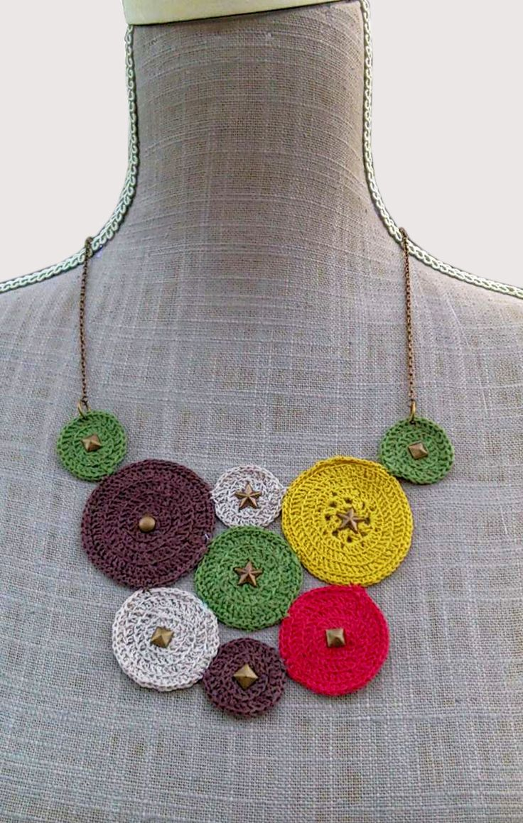 gargantilla-de-circulos-en-crochet-: Jewelry Crochet, Crochet Necklaces, Jewelry Necklaces, Necklace Ideas, Crochet Accesorio, Bisuteria Ganchillo, Collars, Necklace, Necklaces Ideas