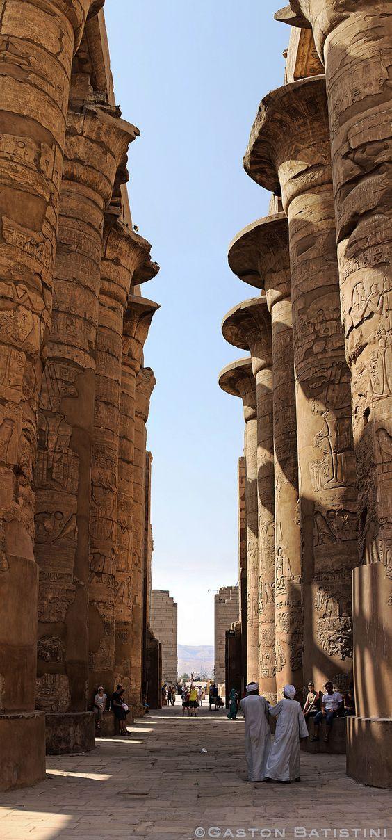 emple of Karnak, Louxor , Egypt, Africa.