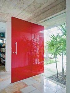 porta-pivotante-com-vidro-serigrafado-colorida                                                                                                                                                                                 Mais