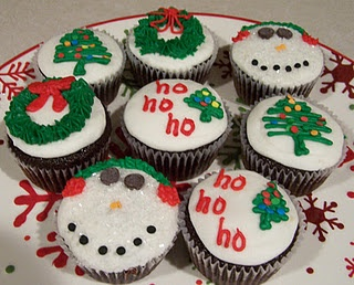 Cupcake Decorating Ideas Insects : 35 best images about christmas cupcake ideas on Pinterest ...