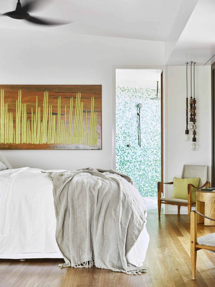 Wilson's Cottage - Lizard Island Master Bedroom. TWOFOLD STUDIO with James Davidson Architect