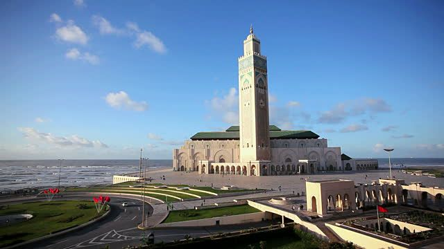 Reka Karya Doors: Beautiful Mosques Around The World