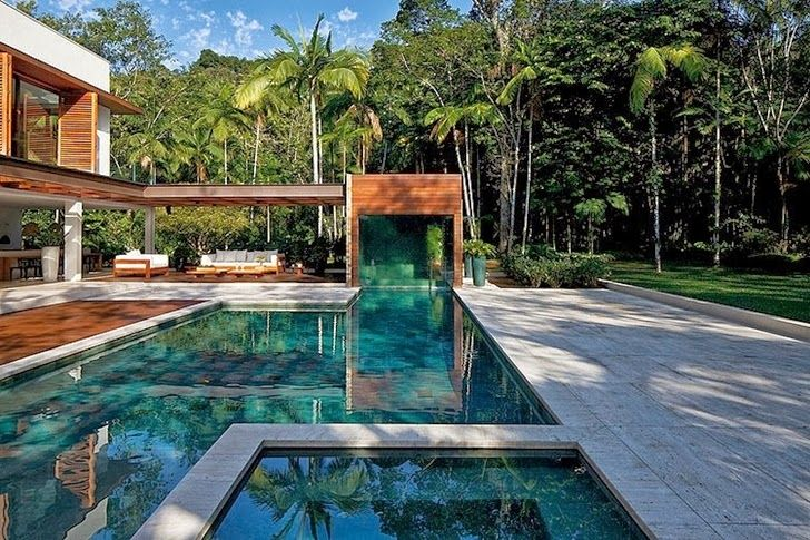 World of Architecture: Contemporary Iporanga House by Patricia Bergantin Arquitetura | #worldofarchi #architecture #modern #house #home #SwimmingPool
