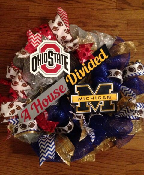 Ohio State / Michigan wreath
