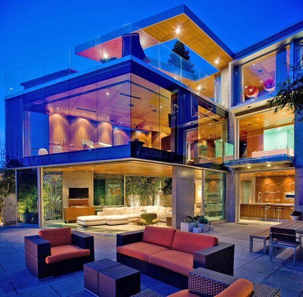 Ultra-modern beach house in La Jolla