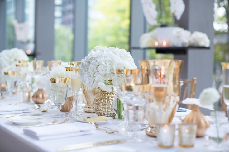 Royal Conservatory of Music wedding table setting white with gold accents