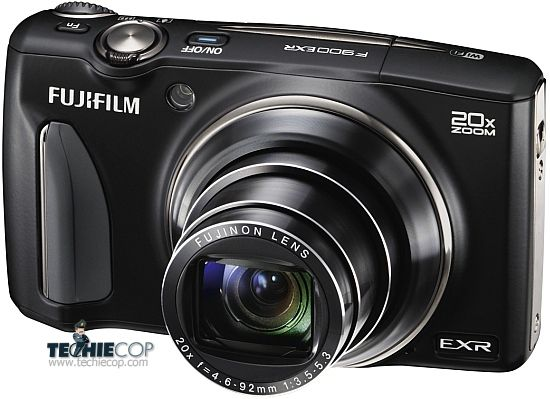 Fujifilm FinePix F900EXR is a camera made for people who want more control over their pictures; on the other hand, it is gives good results in auto mode.
