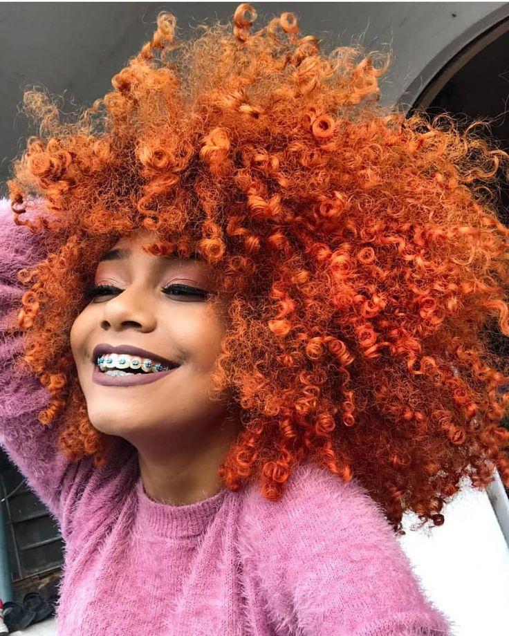 Razones por las que nos gusta el cabello de afroamericanas Dyed Natural Hair, Natural Hair Care, Dyed Hair, Natural Hair Styles, Colored Natural Hair, Curly Hair Dye, Curly Afro, Natural Afro Hairstyles, Dreadlock Hairstyles