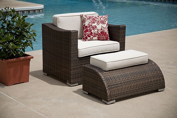 Classy Patio Furniture Materials that Fits to Your Patio: Modern Sleek Patio Furniture ~ kateobriens.com Furniture Inspiration