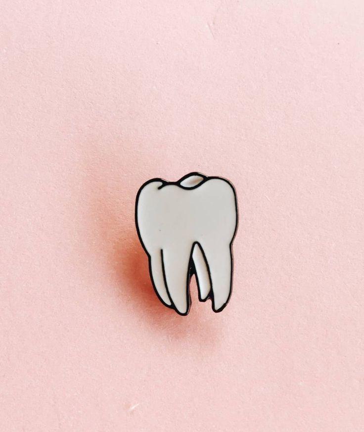 pin metálico dente - bijoux importado