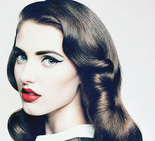 Chega mais, vem conhecer 20 lindos penteados retro, uma moda que nunca sai de moda! http://salaovirtual.org/penteado-retro/ #penteados #cortesfemininos #salaovirtual