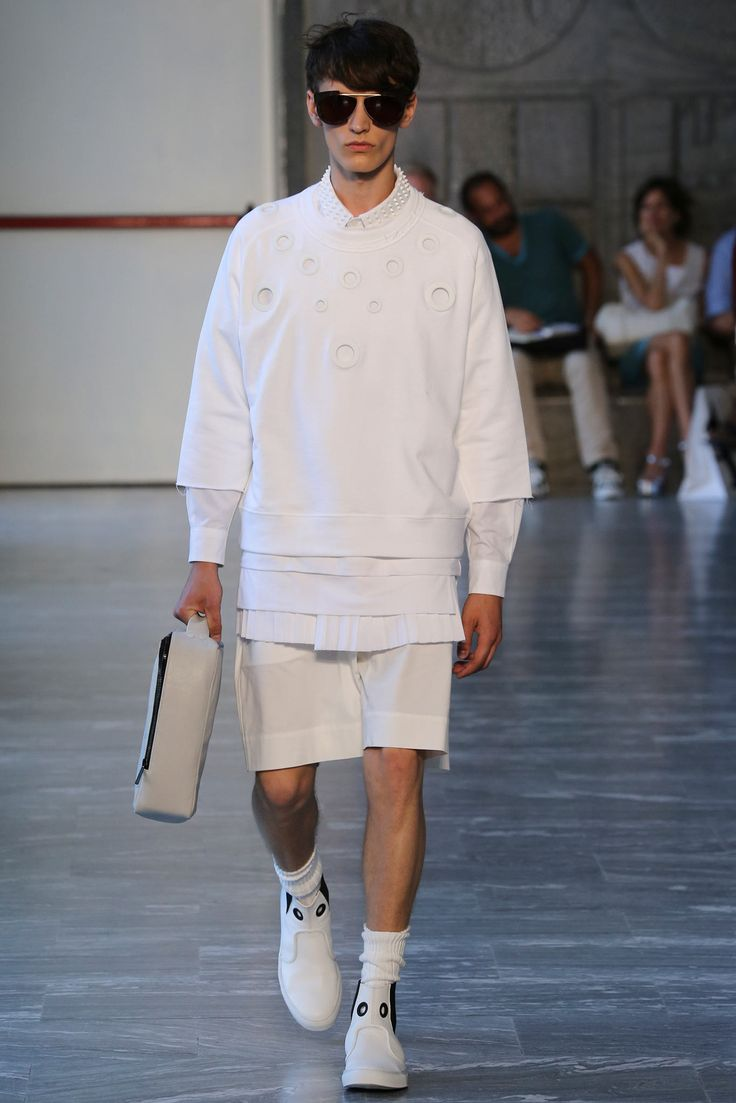 Trouser Shorts Andrea Pompilio Spring 2015 Menswear - Collection - Gallery - Style.com