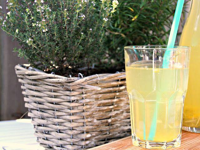Простой домашний лимонад с розмарином selbstgemachte lemonade mit rosmarin