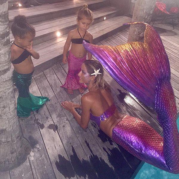 North West and Penelope Disick meet a mermaid dressed in Fin Fun Mermaid tails!
